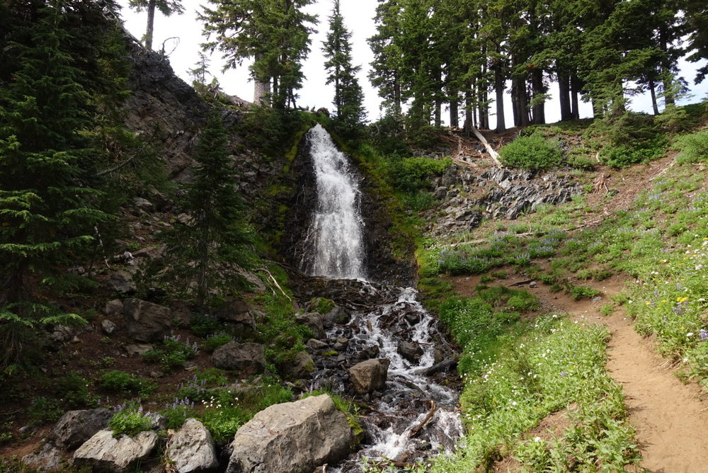 Obsidian falls, a natural hiker shower.